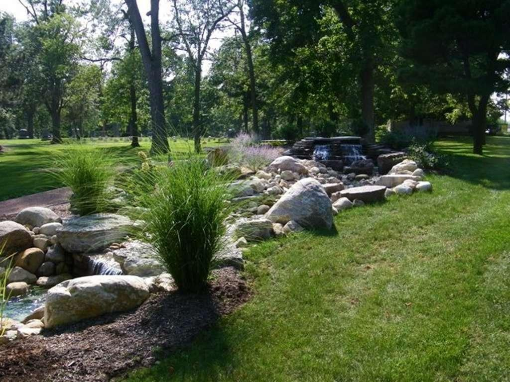 hm44-bubbling-brook-and-waterfalls-lima-ohio-2
